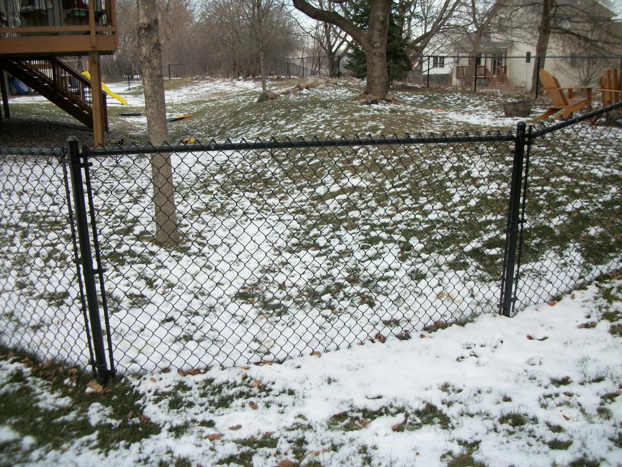 Black Chain Link Fence Company St Paul MN 651 354 2878